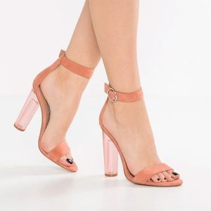 **never worn** Steve Madden Coral Heels